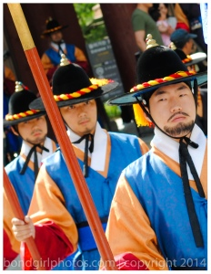 travel photographer, bondgirlphotos, palace, guards, Seoul, Korea